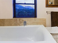 Stirrup Lane_Master Bathroom