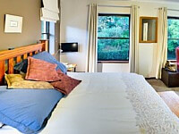 Stirrup Lane_Master Bedroom