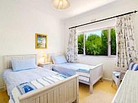 Atlantic Heights, Camps Bay - twin bedroom